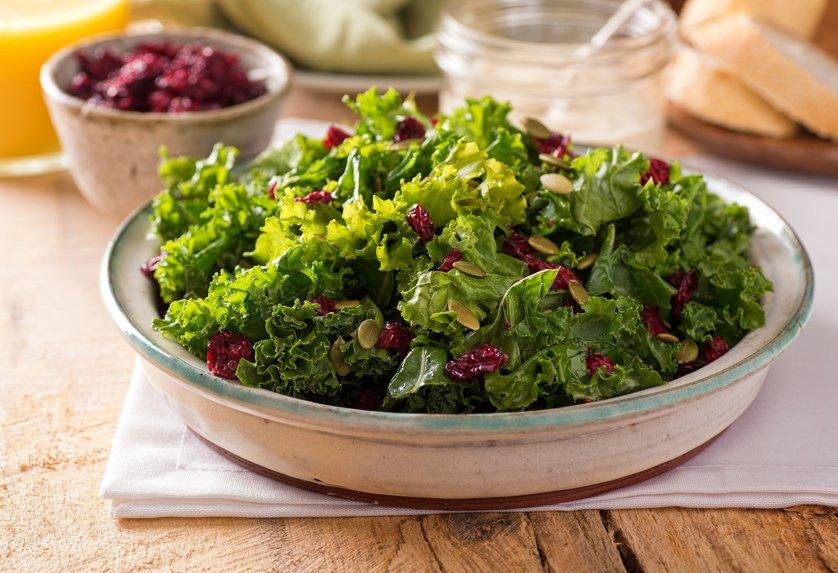 Grünkohl Salat